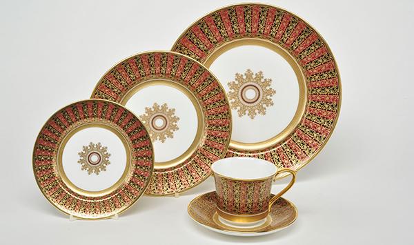 Bespoke Tableware Service by Royal Buckingham